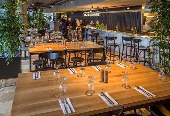 Inside Restaurant Bild Von Kuchnia Otwarta Warschau Tripadvisor