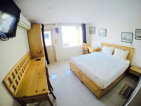 Royal Saigon Guesthouse: Superior Doubleroom with Balcony