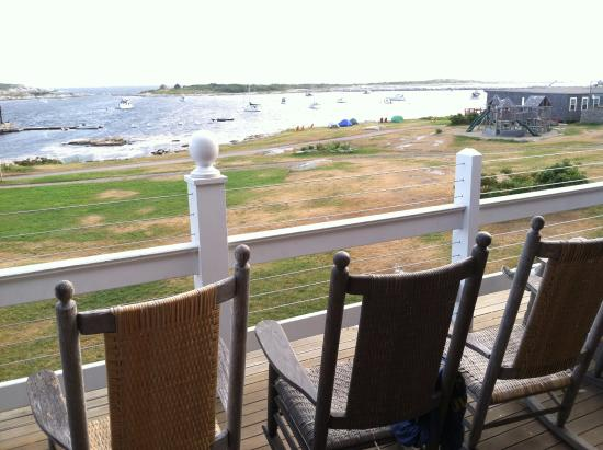 Star Island Family Retreat and Conference Center: Your pool.....is the bracing Atlantic!
