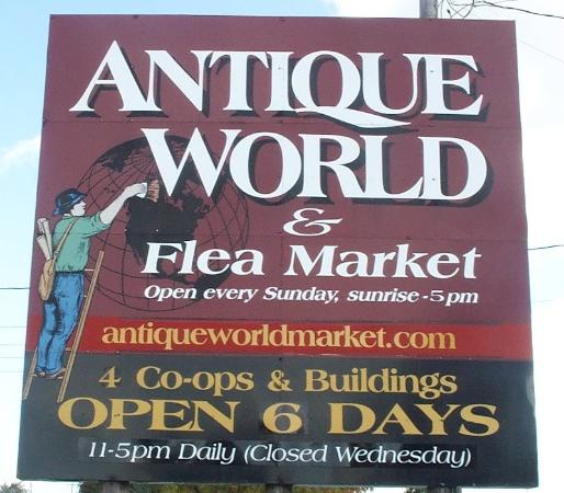 Antique World Market Clarence 2020