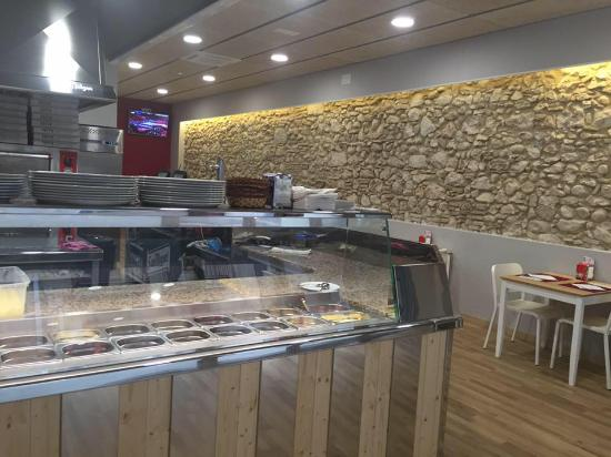 imagen Pizza Tutto Figueres en Figueres