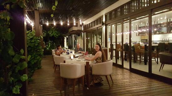 Ochos Steakhouse at Outrigger Koh Samui Beach Resort: 20160321_203043_large.jpg