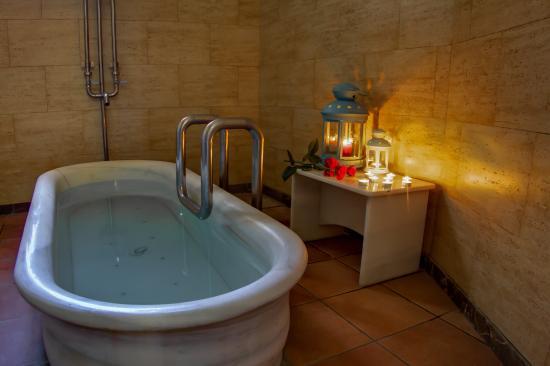 Balneario San Andres: Baño Termal relajante