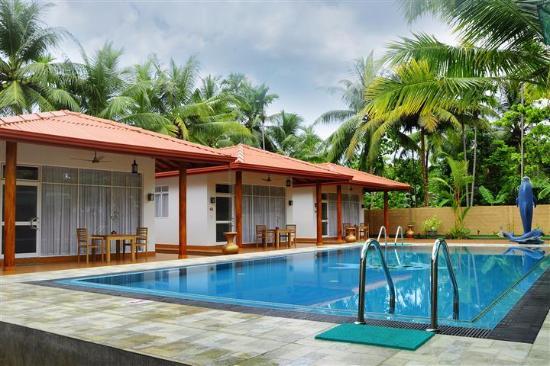 Pool - Picture of Shiran Villa Kaluwamodara, Kaluwamodara - Tripadvisor