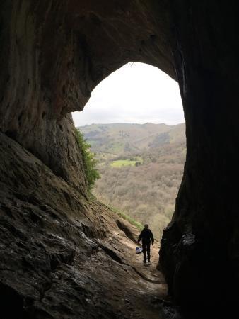Staffordshire, UK: Thor's Cave