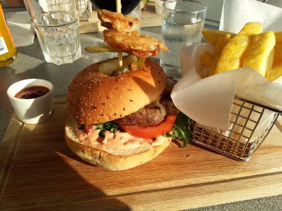 Hotell Storforsen: Supergod hamburgare