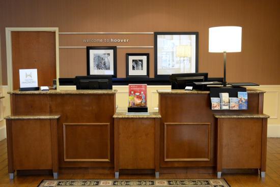 Hampton Inn & Suites Birmingham-Hoover-Galleria: Lobby 2