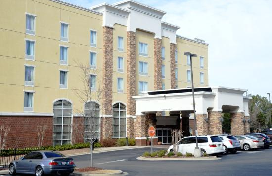 Photo of Hampton Inn & Suites Birmingham-Hoover-Galleria