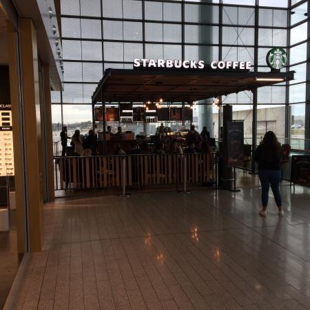 Starbucks luxembourg 4 rue de tr ves restaurant avis num ro de t l phone photos - Restaurant rue des bains luxembourg ...