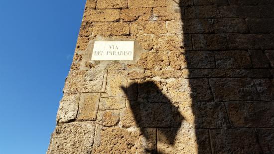 B&B La Casa di Tufo: Name of Street it is on.