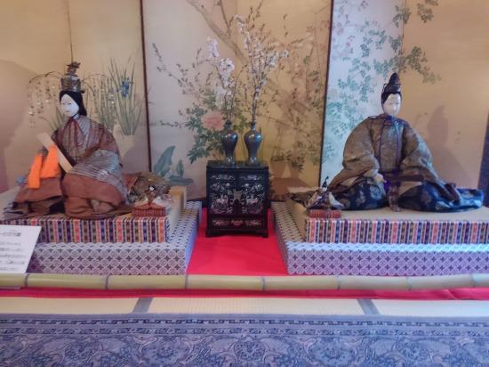 お雛様の並べ方・作り方・飾りの意味・しまう日|手作り/折り紙