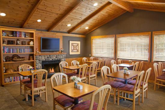 Poulsbo, WA: Breakfast Room