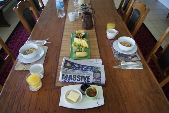 Blackwattle Farm Bed And Breakfast: La colazione servita nella veranda