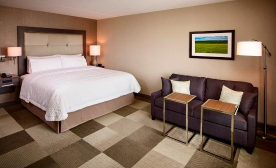 King Room with sofabed   Picture of Hampton Inn by Hilton Sarnia