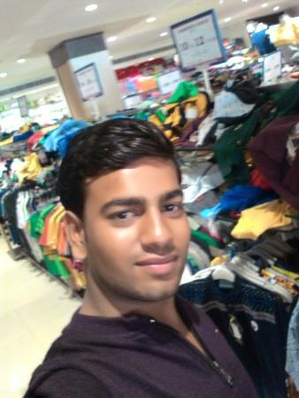 Etawah, Indien: Chandu
