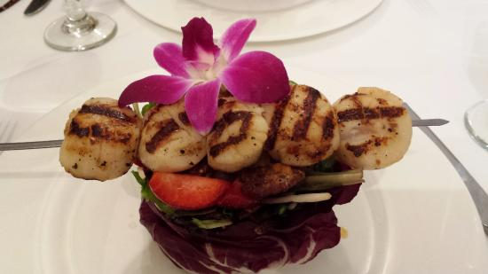 Chef Fredy's Table : Roasted Pear & Endive Salad with scallops