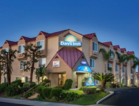 Welcome to Days Inn Carlsbad