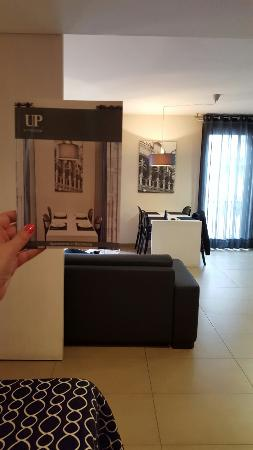 Up Suites Bcn: 20160317_153950_large.jpg