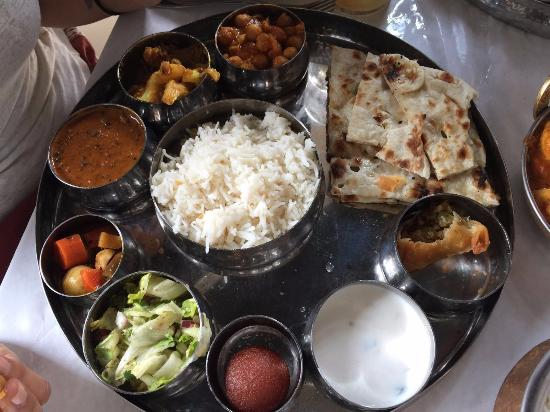 Thali For U 10 99 Lots Of Variety Tasty Food And Great
