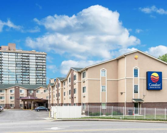 Comfort Inn & Suites Downtown: Exterior