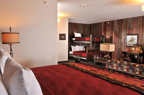 Independence, MO: Bunk Bed Suite