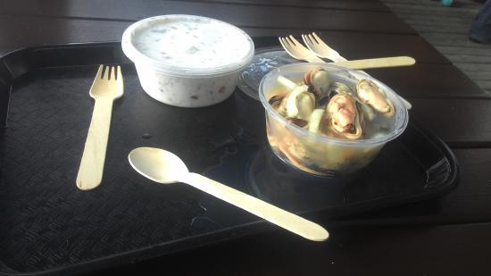 Mangonui, Nueva Zelanda: Marrinated mussels and raw fish