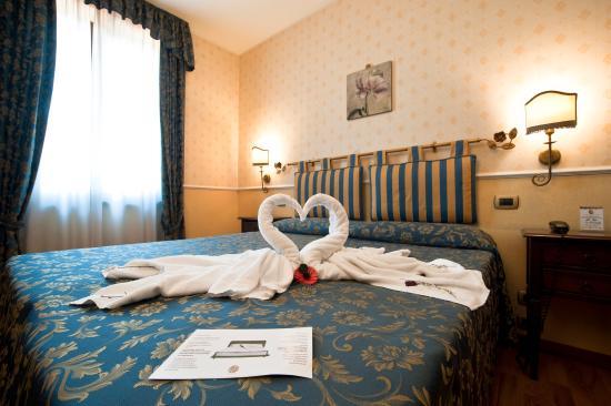 Hotel Arcobaleno: Camera doppia standard