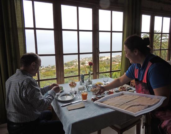 Finca Casa-Vieja : Blick auf das Meer vom Frühstücksraum aus