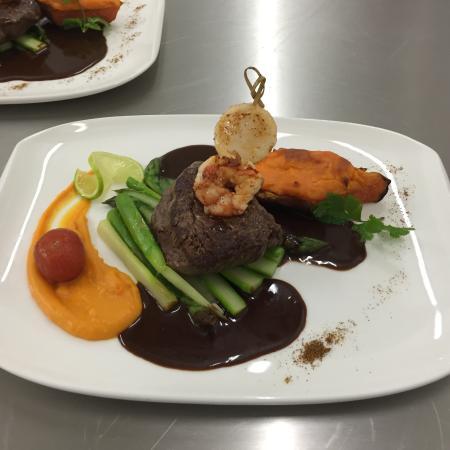 Christians Restaurant
