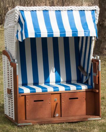 strandkorb im garten picture of gutshaus ketelshagen putbus tripadvisor. Black Bedroom Furniture Sets. Home Design Ideas
