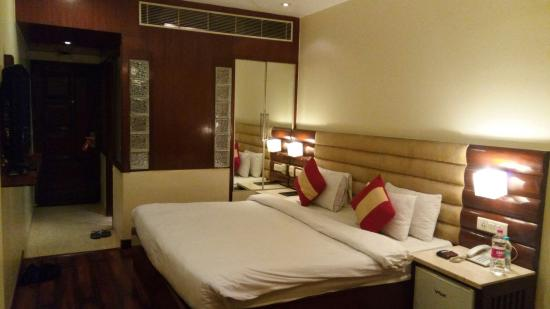 nice but small rooms picture of hotel aura new delhi tripadvisor rh tripadvisor in