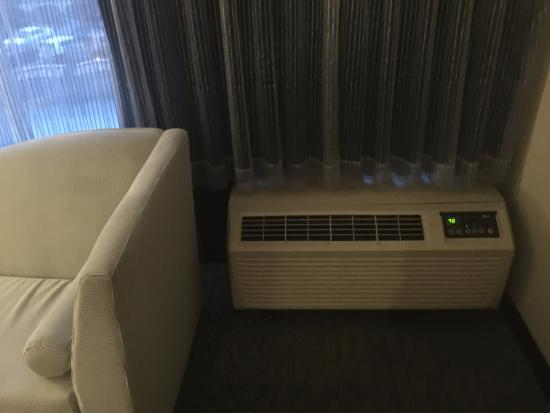 The Hills Hotel, an Ascend Collection by Choice Hotels: This worked great, but I don't like having a fan blowing all the time. There was a timer