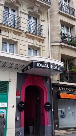 Entrada - Picture of Ideal Hotel design, Paris - TripAdvisor