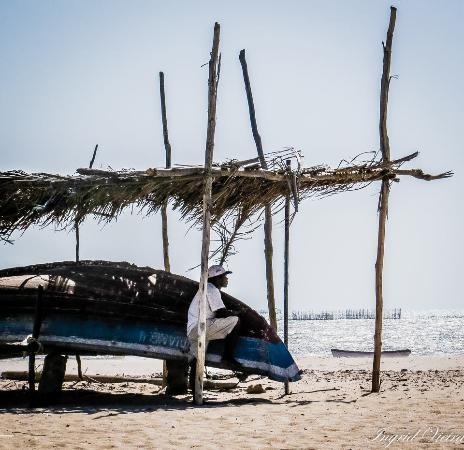 Barroquinha, CE: pescadores da praia de bitupitá