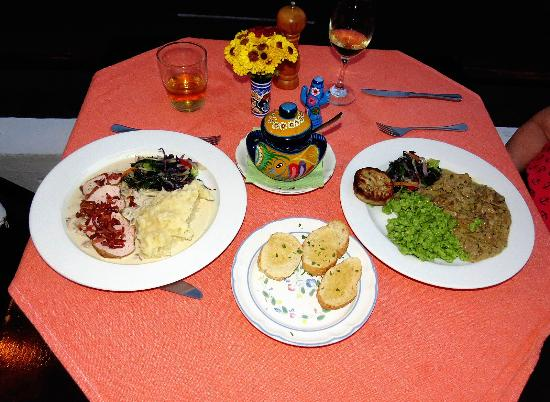 Viena Huatulco : Stroganoff, spaetzel,veggie medley, & pork filet topped with bacon, potatoes