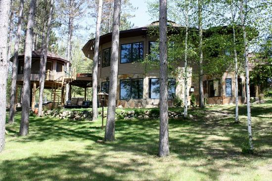 Squaw Lake, MN: Lake side Bed and Breakfast