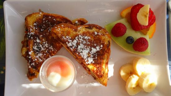 Au Coq du Bonheur B&B: Petit déjeuner