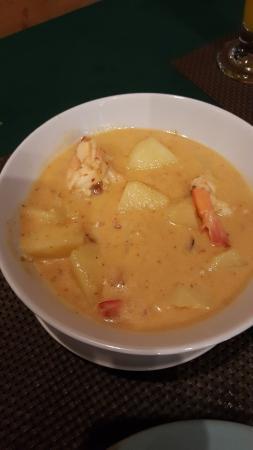 Shambala Restaurant: Massaman curry with prawns