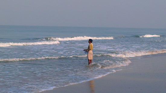 The Nattika Beach Resort: Netzfischer am beach