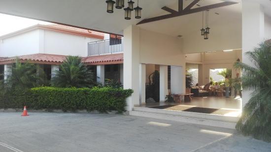 Hotel Coclé: Entrada al Hotel
