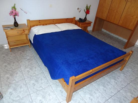 Michalis Studios & Apartments: two bedroom apartment, double bed