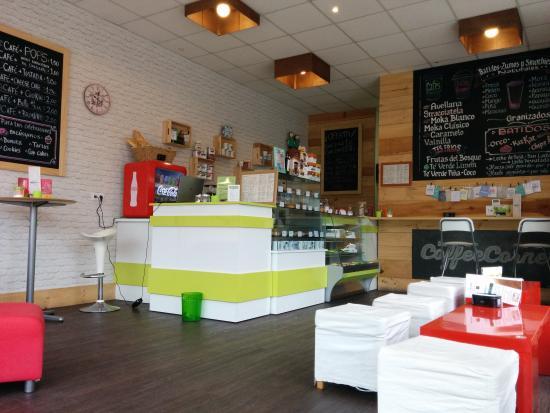 Coffee Corner: interior mural