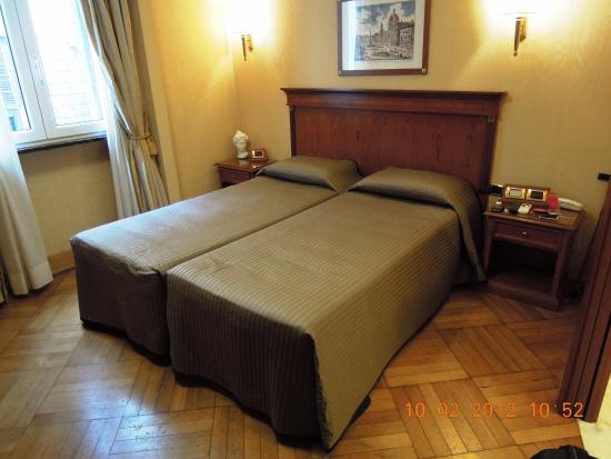 Hotel 2000 Roma Photo