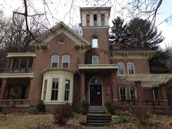 Genesee Bed And Breakfast