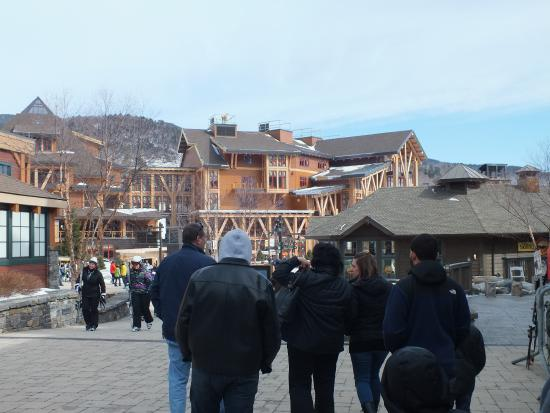 Stowe Mountain Resort The Lodge And Restaurant