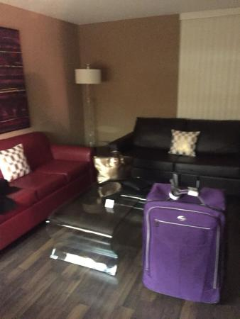 ‪كندا سويتس يوركفيل: Canada Suites Toronto Furnished Rentals‬