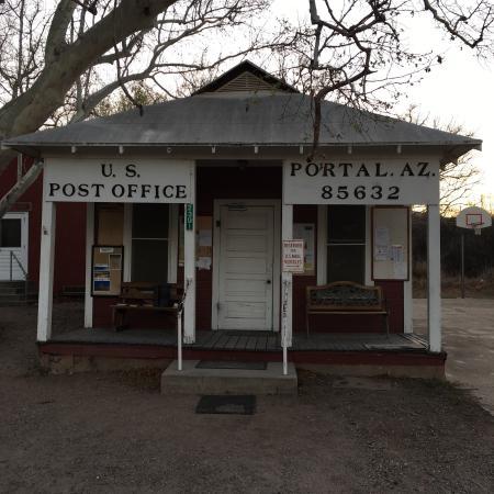 Portal Peak Lodge: photo1.jpg