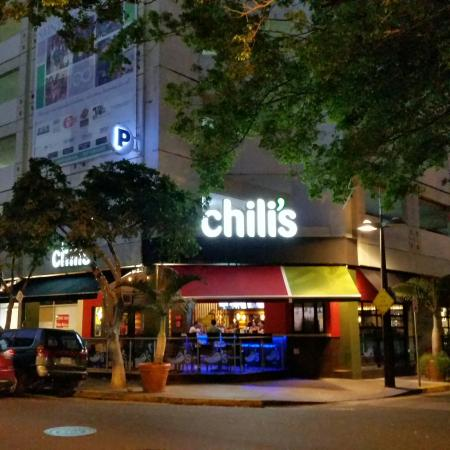 Chillis Bar and Grill: 20160320_185632_large.jpg