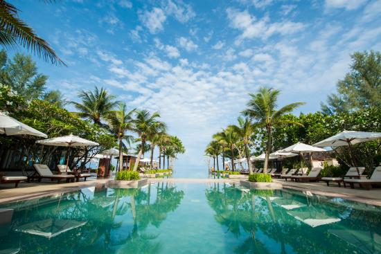 Layana Resort and Spa: Infinity Pool