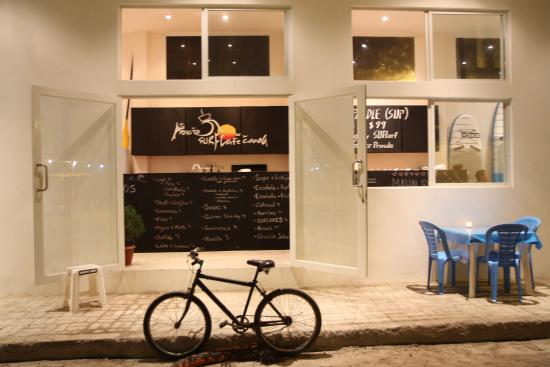 Adicto Surf & SUP Cafe
